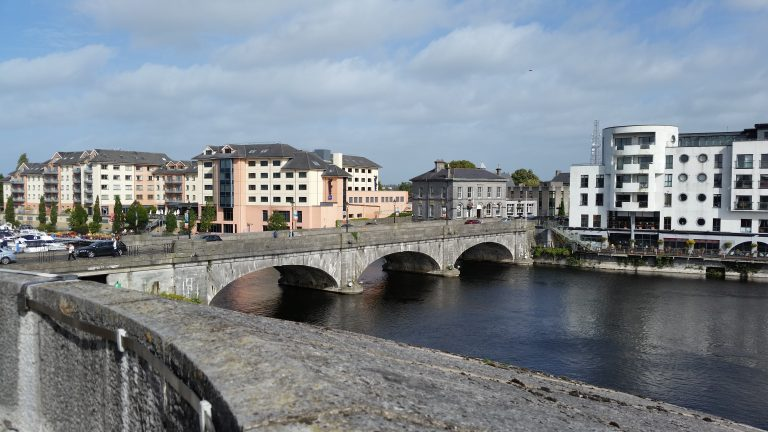 Living and Working in Athlone image